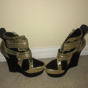 Sassy heels